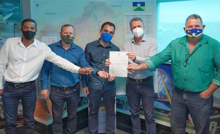 Governo atende solicitação de Luizinho Goebel e pontes de concreto sobre o rio Pimenta em Chupinguaia poderão ser construídas em breve