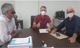 Prefeito de São Francisco Alcino Bilac se reúne com Deputado Luizinho Goebel, em busca de recursos para agricultura