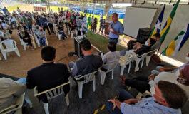 Luizinho Goebel participa de solenidade de entrega de usina de asfalto econtêinerespara coleta seletiva de lixo em Vilhena