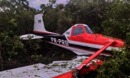 Avião de pequeno porte cai na área rural em Vilhena